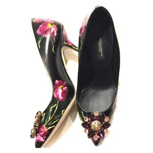 NIB Dolce&Gabbana Floral Jeweled Pumps EU 37